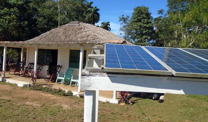 En la actualidad más del 99,5 % de las viviendas de Pinar del Río poseen electricidad.