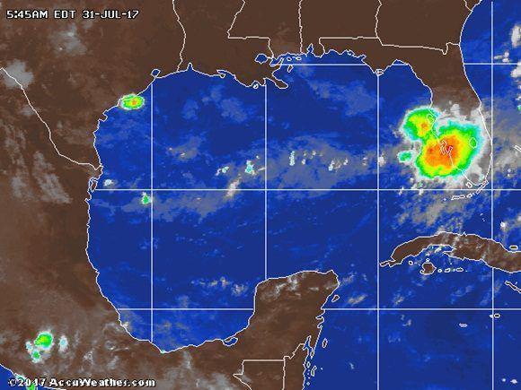 Se forma tormenta tropical Emily en el Golfo de México