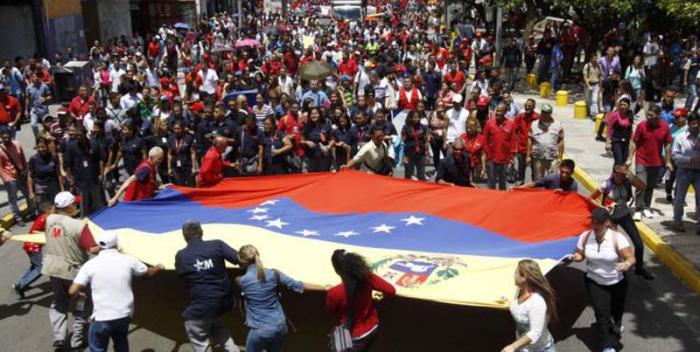 Cientos de militantes revolucionarios participaron en esta marcha «para ratificar una vez más el apoyo a la ANC.
