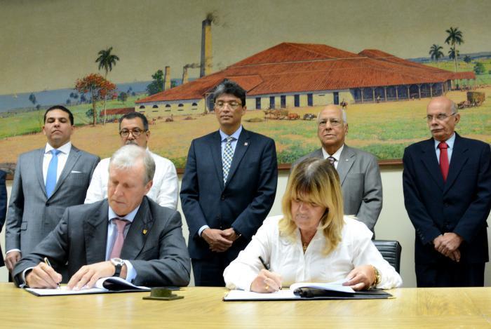 Cuba ingresa al Banco Centroamericano de Integración