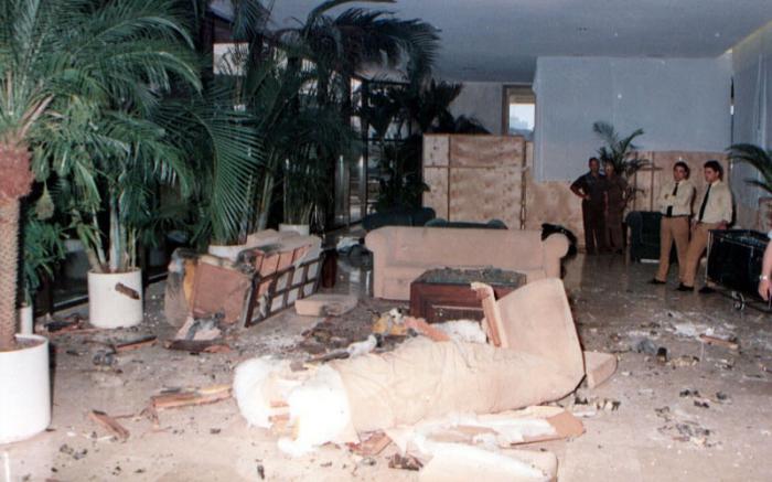 Resultado de imagen para posada carriles bombas en hotel copacabana la habana