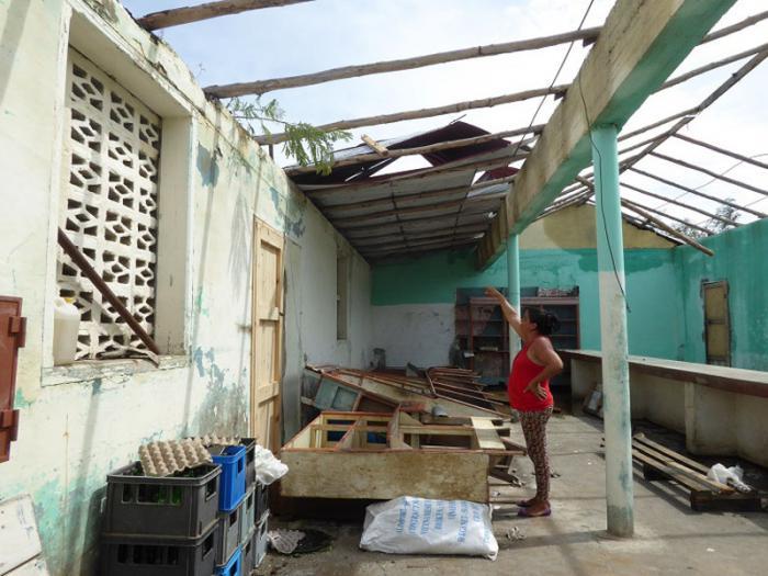 La bodega de la comunidad costera de Carúpano perdió completamente su cubierta.