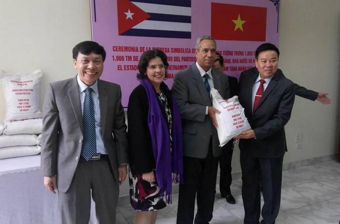 El donativo llegará a Cuba cuando Vietnam se repone aún de recientes afectaciones climáticas.  Foto: Embajada de Cuba en Vietnam