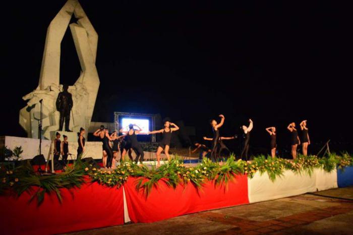 En la tierra de Agramonte, el homenaje a Fidel.