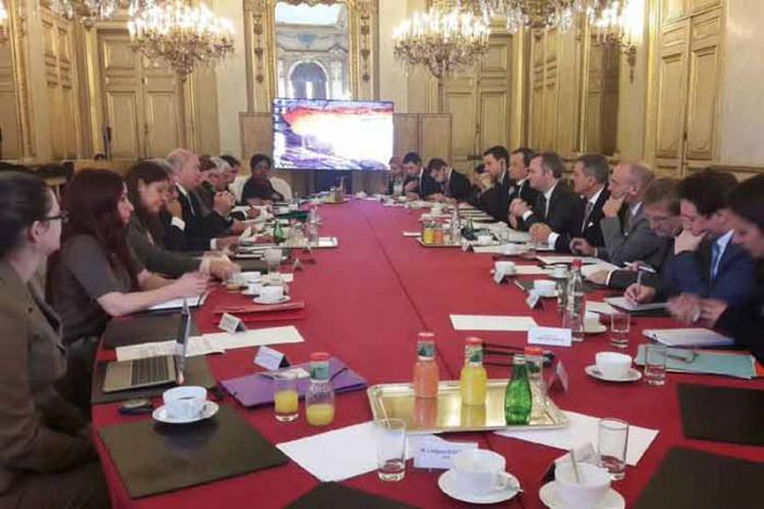 Cuba y Francia analizan implementación de Agenda Económica Bilateral