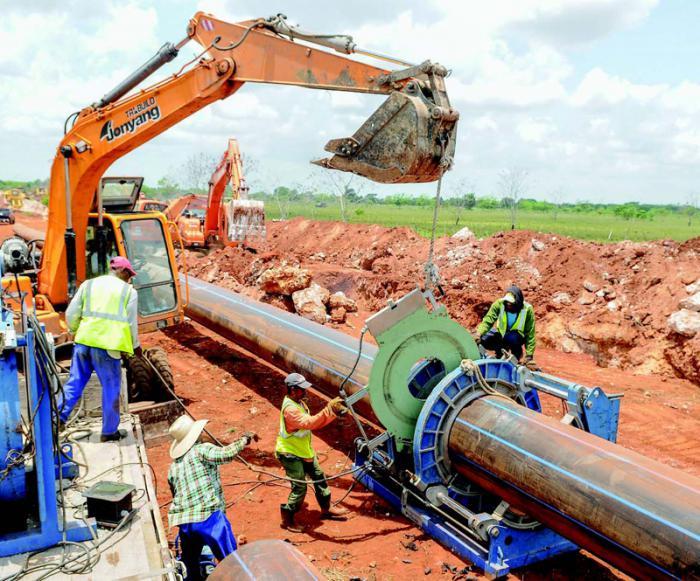 Las inversiones en el sector de los recursos hidráulicos y la satisfacción de la población con estas estarán entre los temas a debatir hoy en las comisiones. Foto: José M. Correa