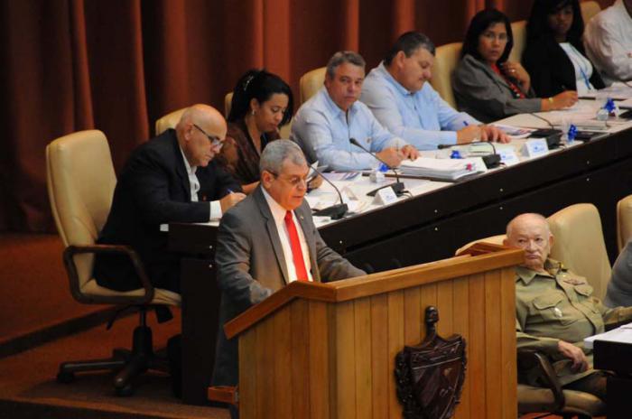 Cuba pospone el relevo presidencial de Raúl Castro por daños de Irma