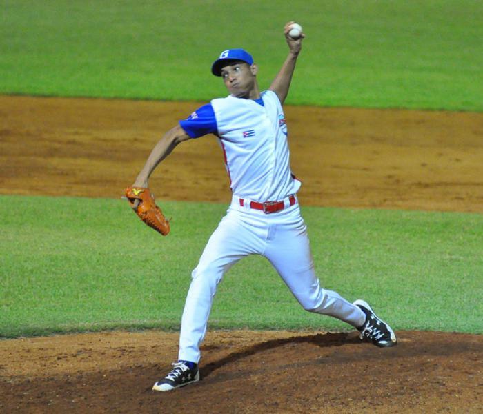 Duel of left-handers in semifinal Granma - Massacres of Cuban Baseball
