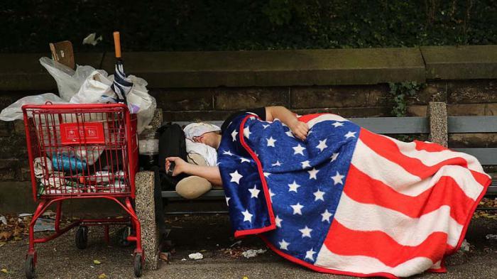 En Estados Unidos ha crecido el número de personas que duermen en las calles.