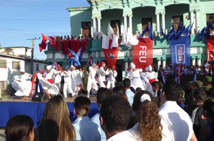 El arte camagüeyano celebra el aniversario 60 de la Caravana de la Libertad