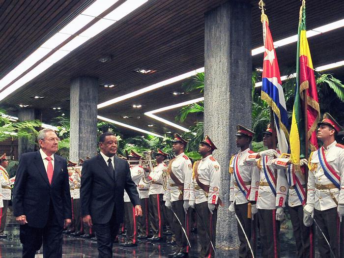 REcibio Raúl al presidente de Etiopía