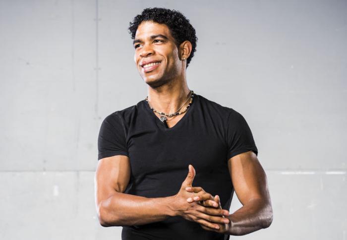 Díaz-Canel felicita a bailarín Carlos Acosta por premio de Dance Magazine