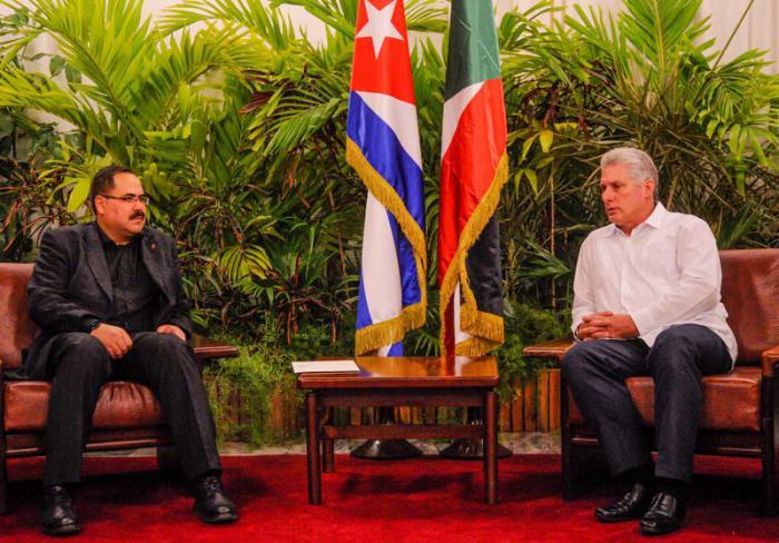 Recibe Miguel Díaz Canel Bermúdez, Miembro del Buró Político del Comité Central del Partido Comunista de Cuba y Primer Vicepresidente de los Consejos de Estados y de Ministros al Ministro de Palestina