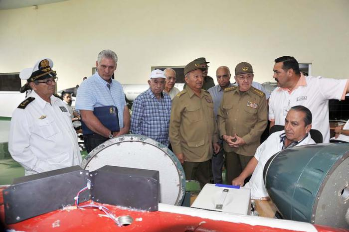 Raul visited military companies in Havana.