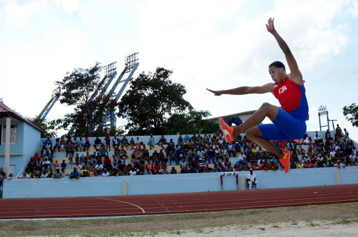 Atletismo Nacional Camagüey Salto Largo M Juan Miguel Echevarría