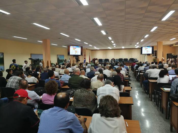 Abre debate de la Sociedad civil cubana