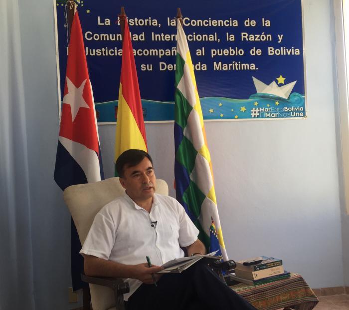 El embajador de Bolivia en Cuba en entrevista