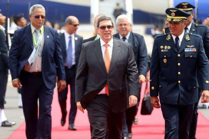 Canciller de Cuba a su arribo a Lima