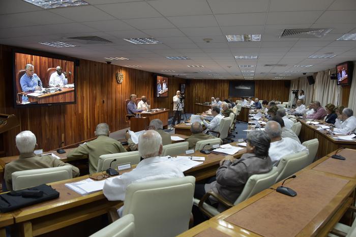 Consejo de Ministros analizó temas de la vida económica y social