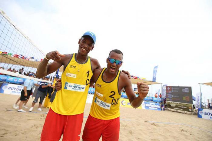 Medalla de bronce en Turquía para voleibolistas de playa cubanos