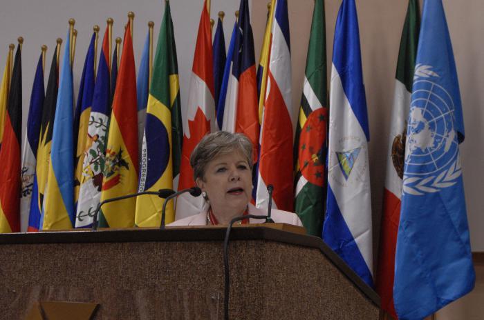 Alicia Bárcena: «Cuba se ha convertido en ejemplo de la cooperación Sur-Sur»