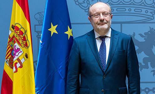 Ricardo Cabrisas recibe en La Habana a Secretario de Estado de España