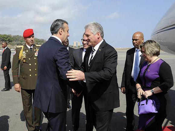 Arribó a Venezuela para efectuar una visita oficial el presidente cubano Díaz-Canel
