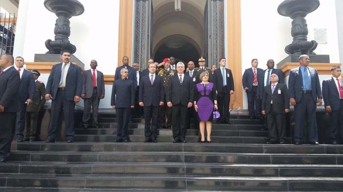 Diaz-Canel inicia visita oficial a Venezuela.