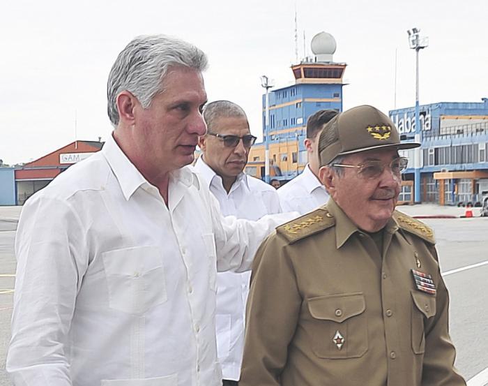 Raúl Castro recibió a Díaz-Canel