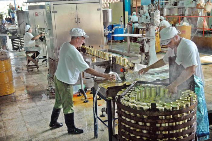 Trabajar por la eficiencia económica fue uno de los temas en los que hizo hincapié Esteban Lazo, en Mayabeque.