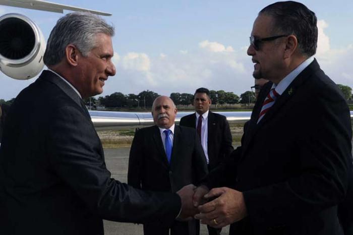 Presidente cubano en Jamaica para Conferencia de CARICOM