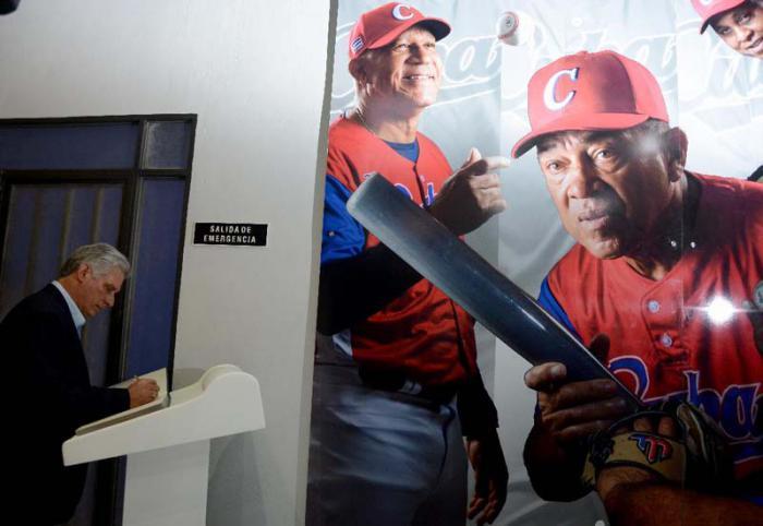 Inaugura Díaz-Canel Salón del Deporte Cubano (+ Fotos)