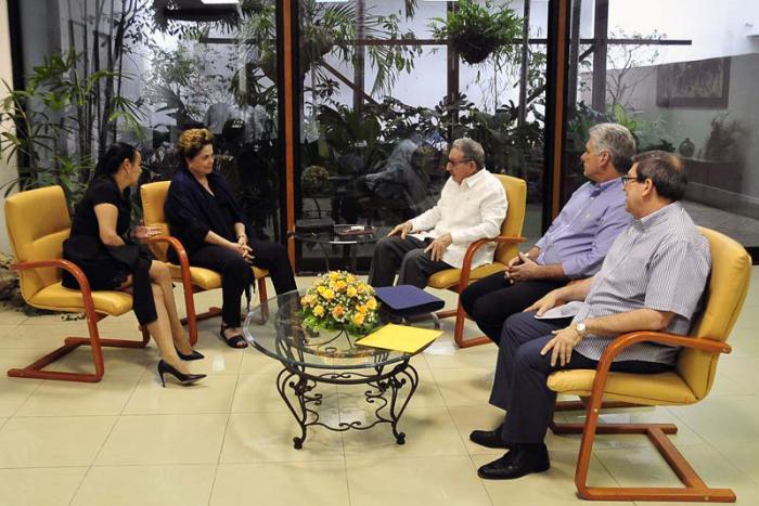 Raúl y Díaz-Canel dialogan con líderes mundiales de izquierda