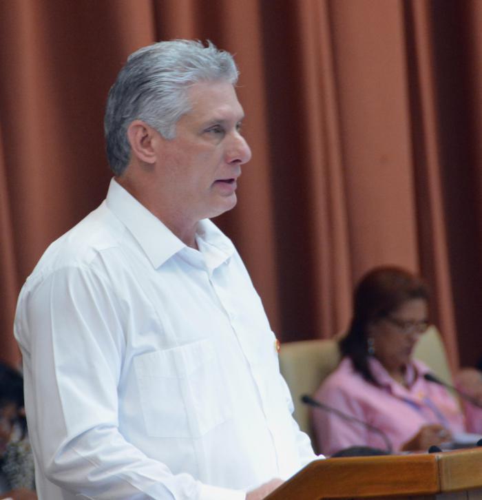 Presidente de los Consejos de Estado y de Ministros informa la composición del nuevo Consejo de Ministros
