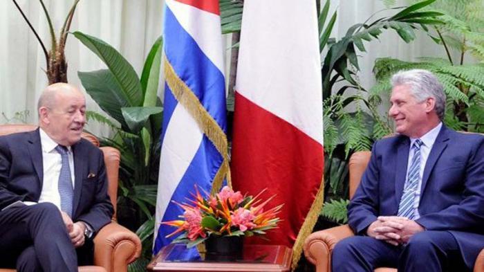 Le Drian llegó a Cuba en la tarde de este sábado, procedente de Colombia.