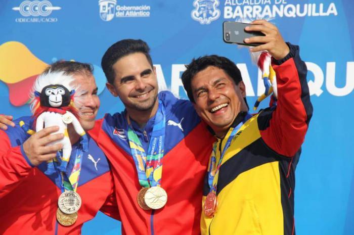 Cuba lideró concurso por equipo de pistola rápida a 25 metros