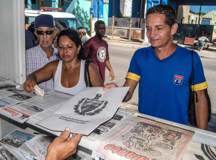 Crece entre los cubanos demanda del Proyecto de Constitución