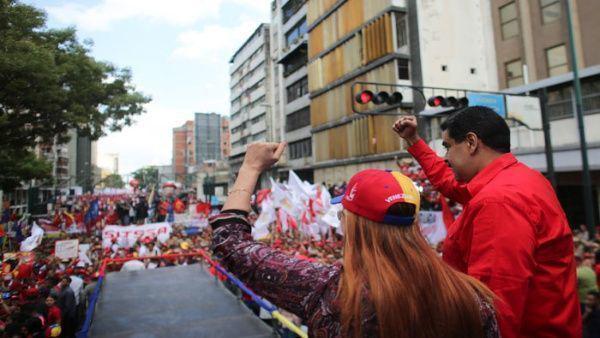 Miles de venezolanos se movilizaron en repudio al atentado contra el presidente Maduro. Foto: Prensa Miraflores