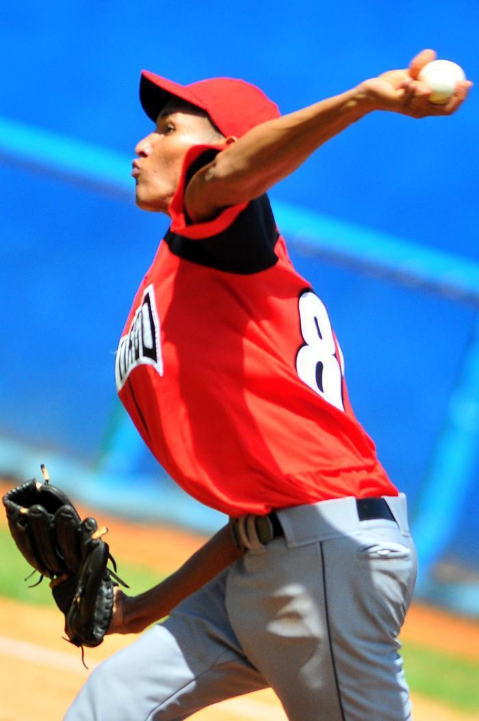 La incorporación de Ulfrido García en un par de semanas dará mayor profundidad al pitcheo santiaguero.