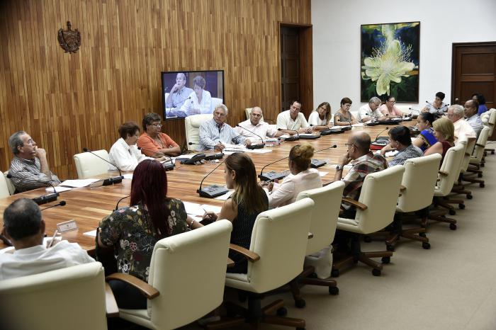 Cuba se prepara para un mejor curso escolar, confirmó presidente Díaz-Canel