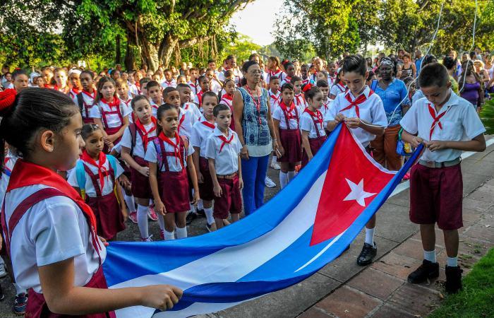 Inicio del curso escolar 2017-2018, Escuela Primaria Marcelo Salado, en Ciudad Escolar Libertad