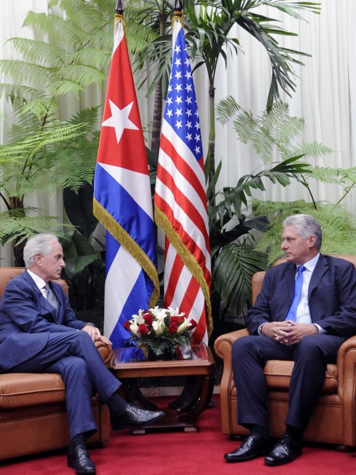 Recibió Díaz-Canel a presidente del Comité de Relaciones Exteriores del Senado de Estados Unidos