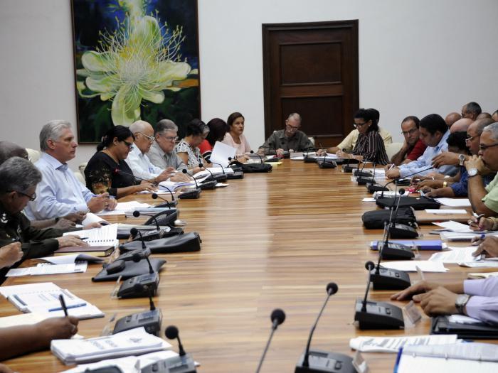 Valora Presidente cubano proceso de reanimación de La Habana