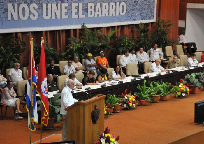 Destaca Machado Ventura quehacer de los Comités de Defensa de la Revolución