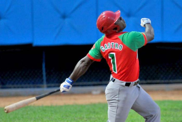Punteros van por barrida en torneo cubano de Béisbol