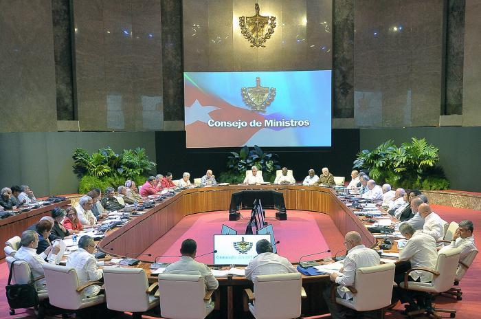 Analizó Consejo de Ministros cubano importantes programas socioeconómicos