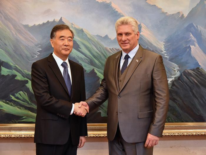 Díaz-Canel se reúne con presidente de la Conferencia Consultiva Política del Pueblo Chino