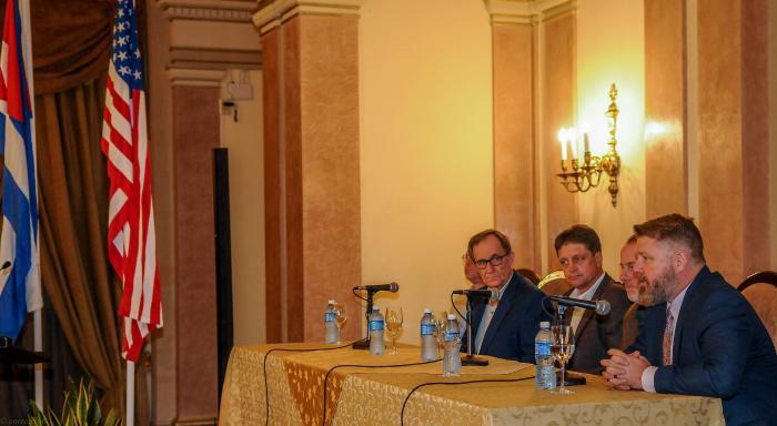 Conferencia Agrícola Cuba-Estados Unidos, en el Hotel Nacional de Cuba, Rick Crawford (republicano por Arkansas), uno de los promotores del acercamiento bilateral en materia agrícola, responde preguntas de la prensa.