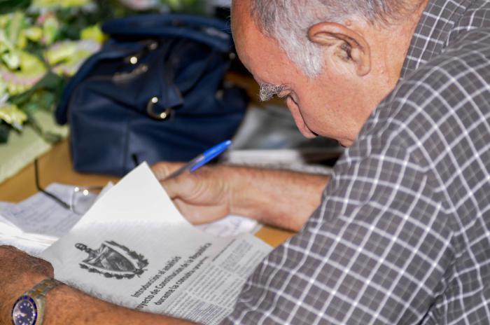 La consulta constitucional en Cuba concluye, la reforma continúa