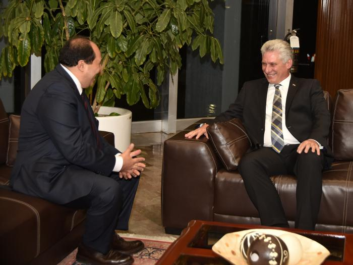 Mandatario cubano asiste a toma de posesión de nuevo Presidente de México